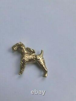 A Fine Solid 9ct Gold Airedale Terrier Dog Pendant 4.4 grams c. 1907