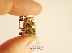 Vintage solid 9ct Gold OPENING TOBY JUG & DOG CHARM Pendant Charm 3.7grHm 141e